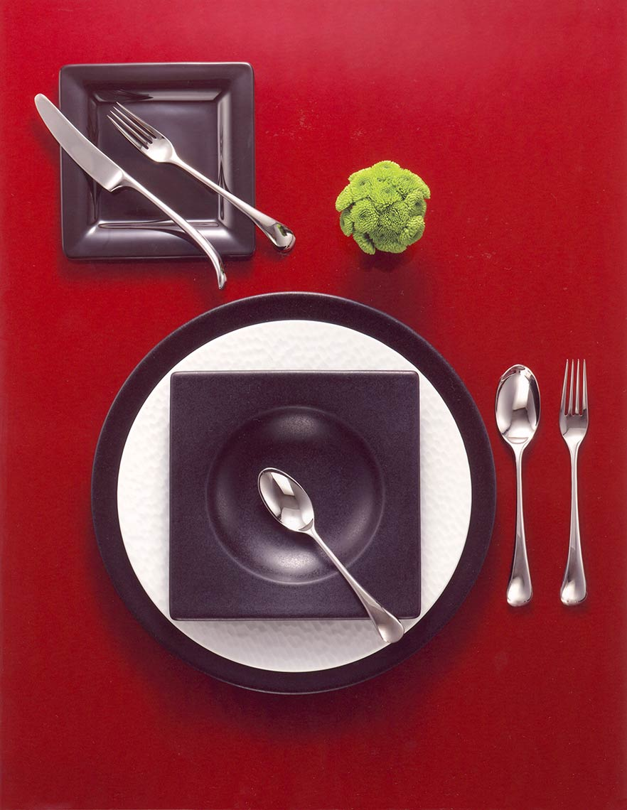 Red-background-black-plates